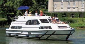 Cruising the Charente River