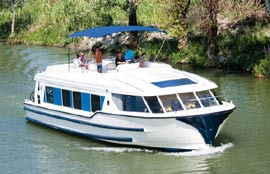 Cruiser Boat Holidays